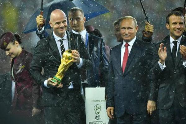 দুই বছর অন্তর হবে 'বিশ্বকাপ ফুটবল'!