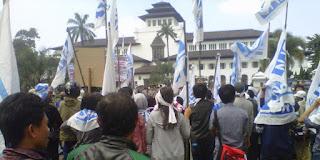 """Ribuan Buruh Akan Peringati """"May Day"""" di Gedung Sate"""