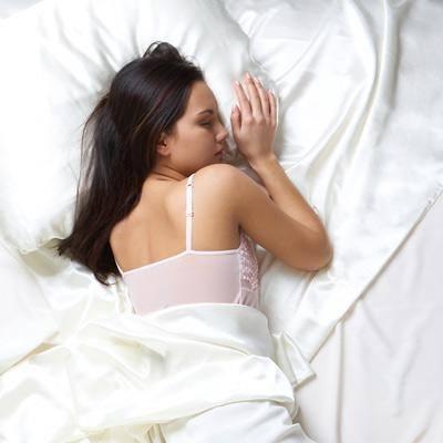 7 tip đơn giản cần ghi nhớ để phòng chống nếp nhăn tới sớm