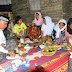 Tim Singgah Sahur Sambangi Warga Pilakuik Di Rumah Lapuk