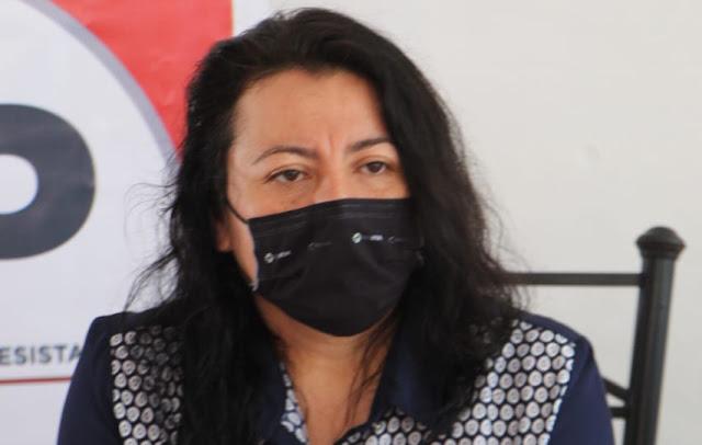 profesora Lucía Guadalupe Amaya Martínez, integrante de la organización política Vamos Juntos como candidata a la presidencia municipal de Mérida