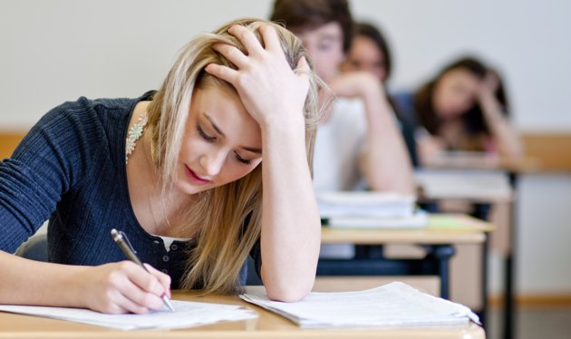 """""""قلق الامتحان"""" ما هي أعراضه وطرق التخلص منه ؟"""