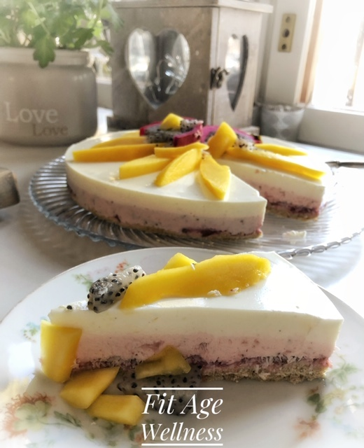 #cheesecake #healthycheesecake #healthycake #cake #healthylifestyle #healthyeating #diet #dierrecipes #dietfood #calories #healthytreat #feelgood #fitness #fitnessfood #training #lifestyle