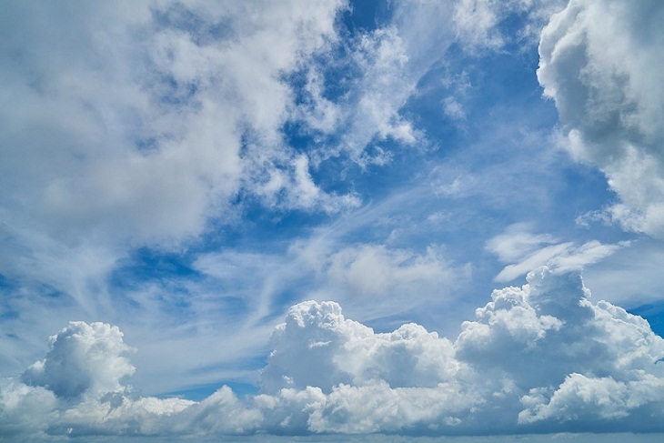 Mengapa Kita Tidak Bisa Melihat Udara? Ini Penjelasan Ilmiahnya