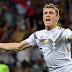 Alemanha perdeu no alto, quase se salvou pelo chão e vive graças a milagre de Kroos