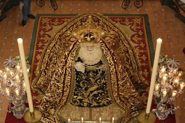 Bendición del manto de Gracia y Amparo de Córdoba