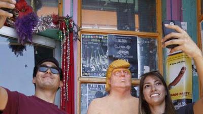 Patung Bugil Donald Trump di 5 Kota di AS Jadi Perhatian Warga