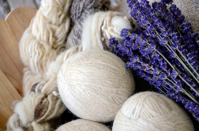 Fragrant Laundry With Homemade Lavender Dryer Balls