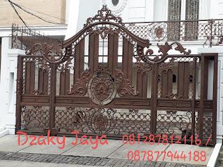 pemasangan pintu gerbang besi tempa klasik