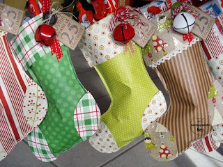 calza befana fai da te riciclando carta regalo