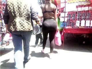 Señora guapa cola grande leggins marcado