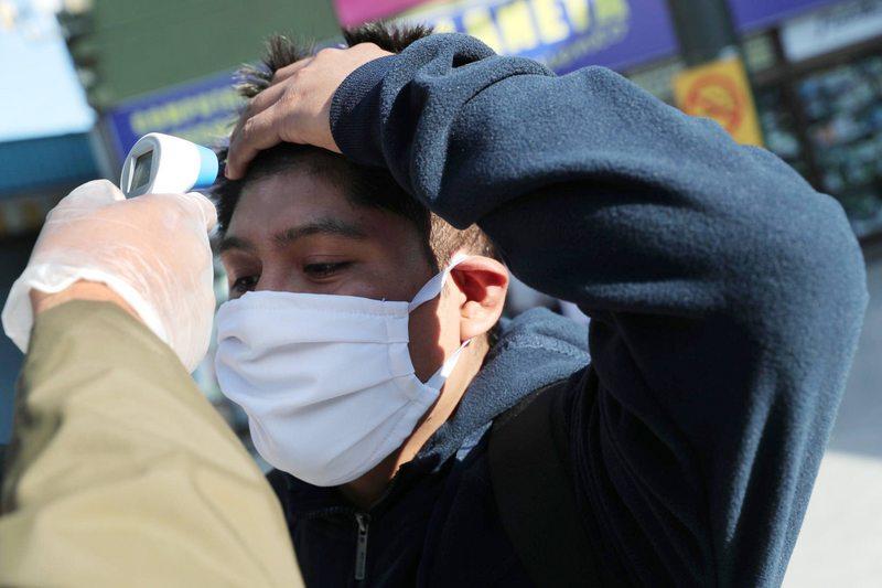 Ministerio de Salud cambia test para saber cuándo un contagiado deja de infectar a otros