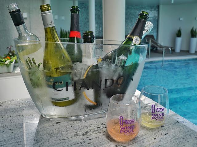 Wine Pool no Hotel Casacurta em Garibaldi