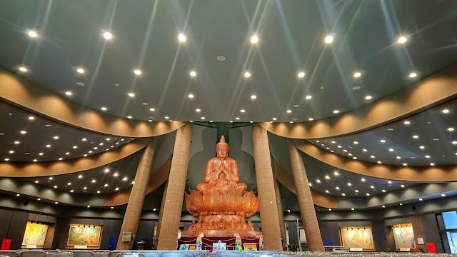 沖縄平和祈念公園 平和祈念堂美術館 平和祈念像