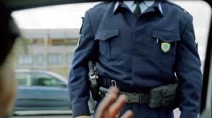 Άρτα: Πέταξαν Την Κάνναβη Μόλις Είδαν Τους Αστυνομικούς