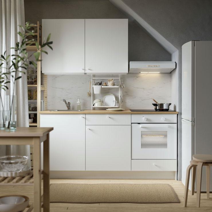 Cocina pequeña y básica de IKEA catálogo 2021.