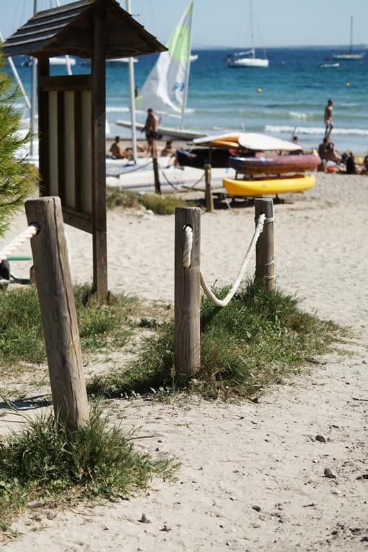 Blog + Fotografie by it's me! - Ses Salines, Ibiza - Blick auf den Sandstrand