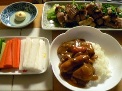 夕食の献立 献立レシピ 飽きない献立 カレー しまちょうの塩タレ焼き 野菜スティック