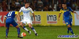 Persiba Balikpapan vs Persib Bandung
