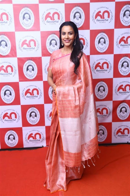 Priya Anand  SHILPA SHINDE PHOTO GALLERY   : IMAGES, GIF, ANIMATED GIF, WALLPAPER, STICKER FOR WHATSAPP & FACEBOOK #EDUCRATSWEB