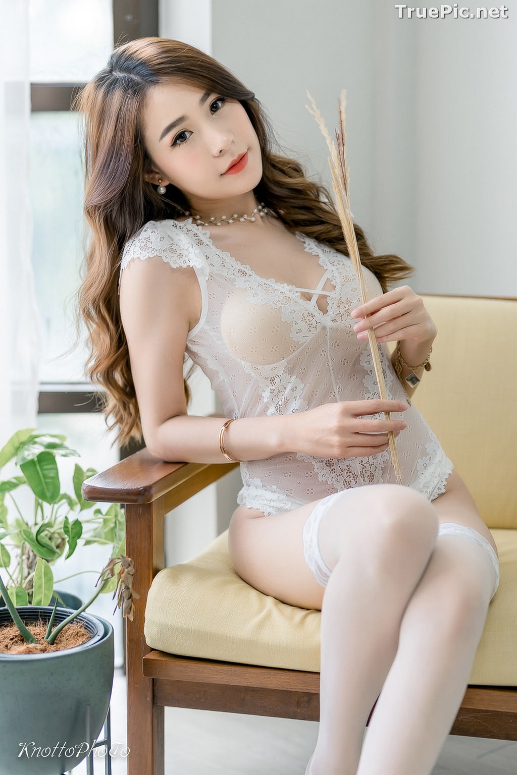 Image Thailand Hot Beauty Model - Thipsuda Jitaree - White Lace Underwear - TruePic.net - Picture-1