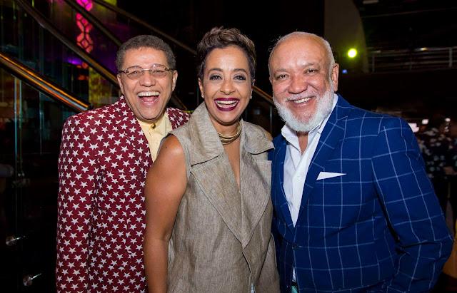 Domingo Bautista, Zoila Luna y Jochy Santos.