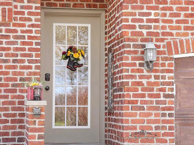 Inexpensive Rubber Rain Mud Boot Door Wreath Bliss-Ranch.com