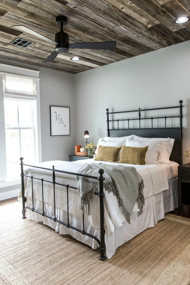 modern farmhouse ceiling fan, modern farmhouse bedroom, ceiling fan