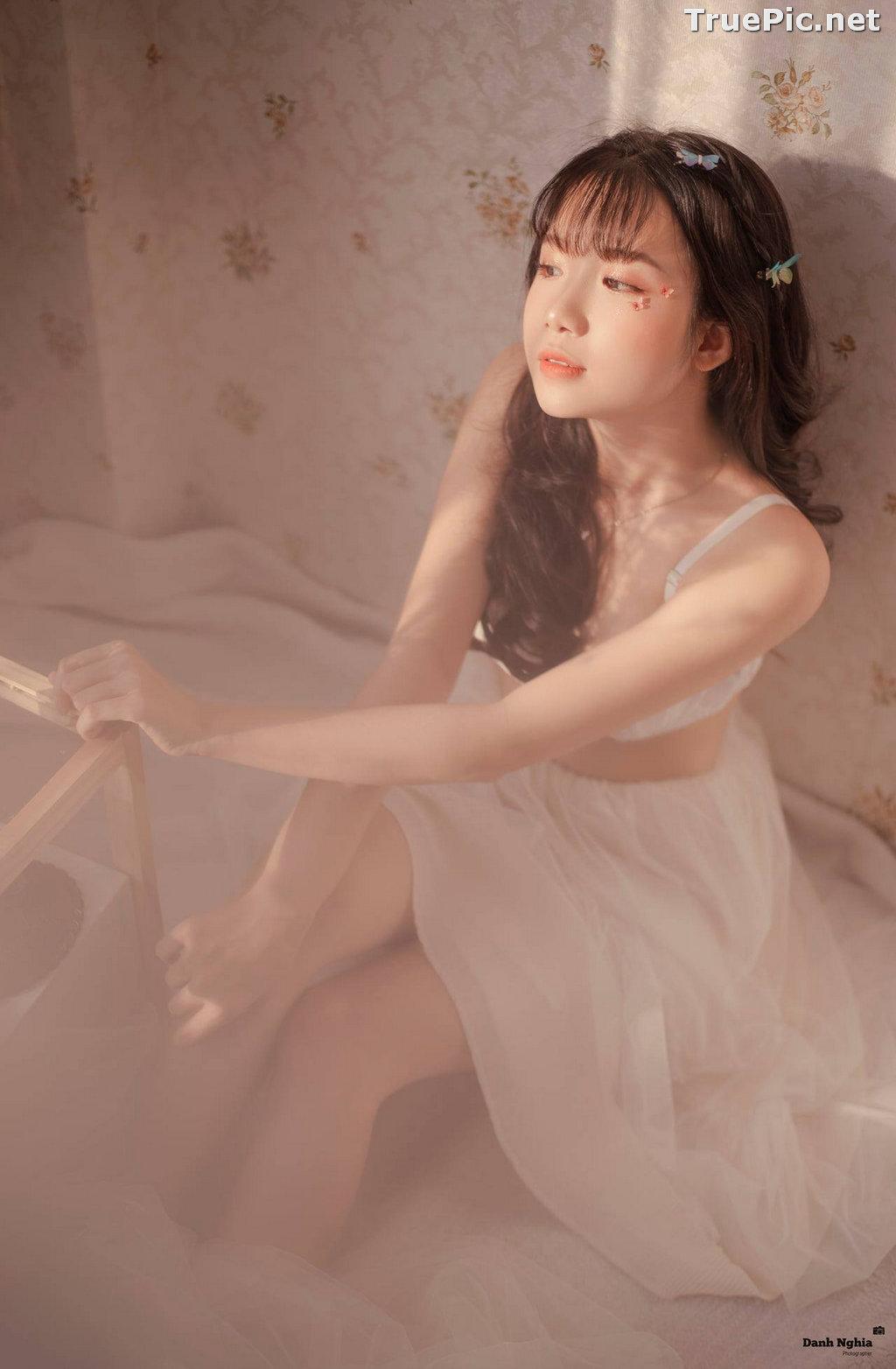 Image Vietnamese Cute Girl - Tran Thi Anh Thu - Beautiful White Butterfly - TruePic.net - Picture-1