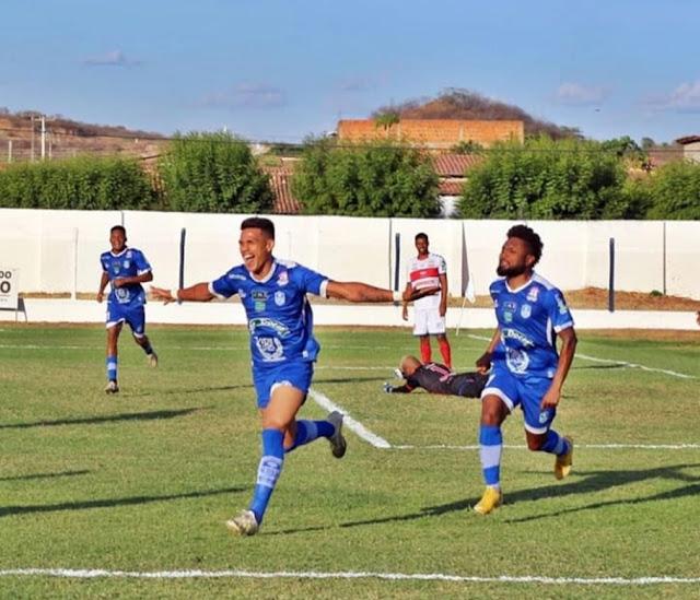 Oeirense vence Piauí por 3 a 1 e assume liderança do Piauiense Série B