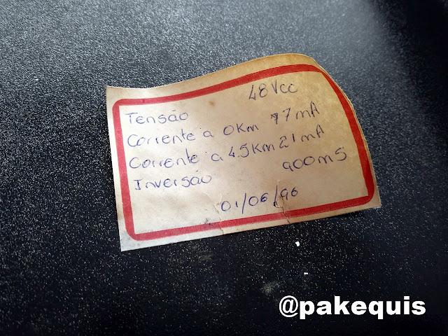 Etiqueta encontrada dentro do aparelho