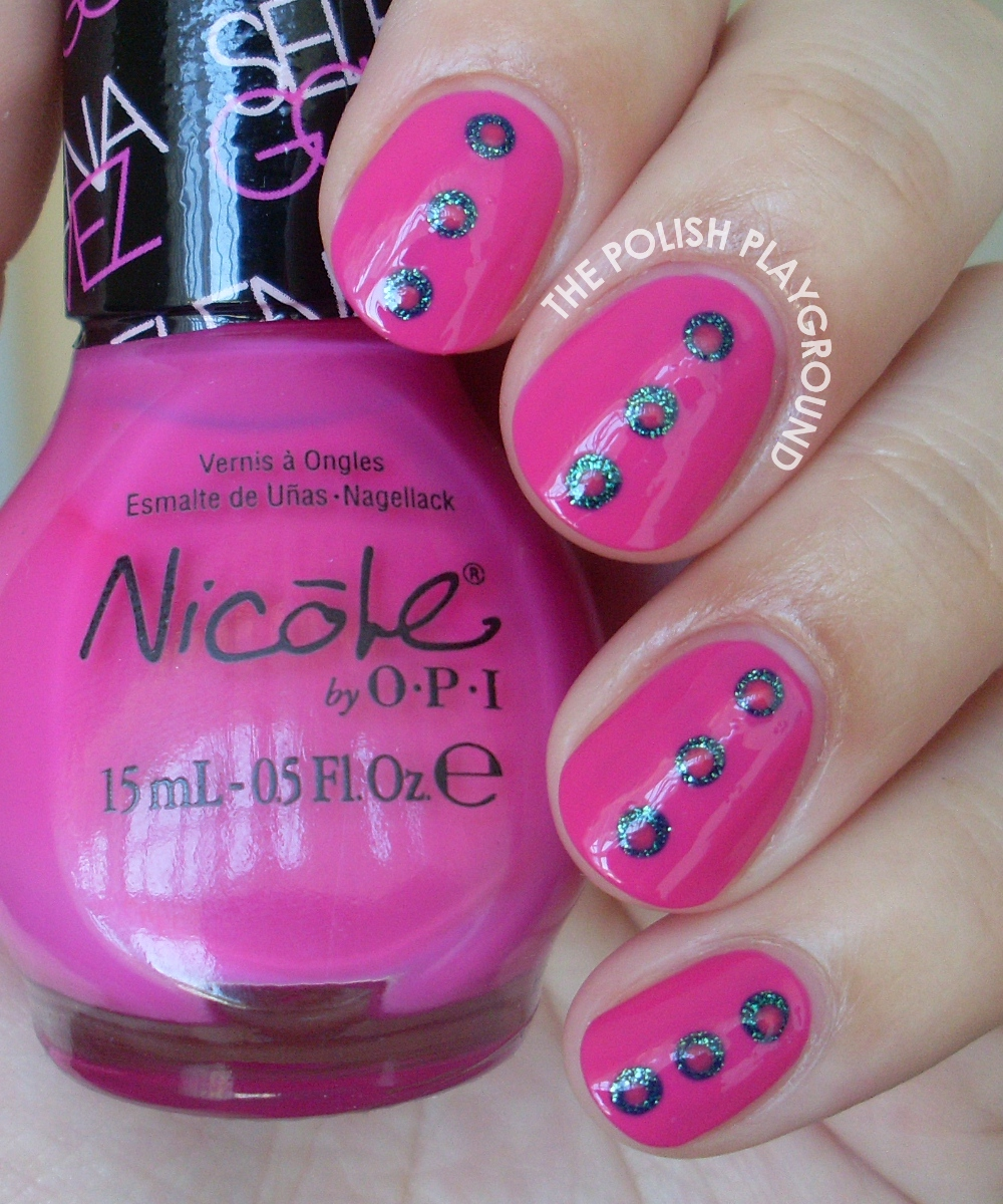 The Polish Playground: Dotted Center Nails