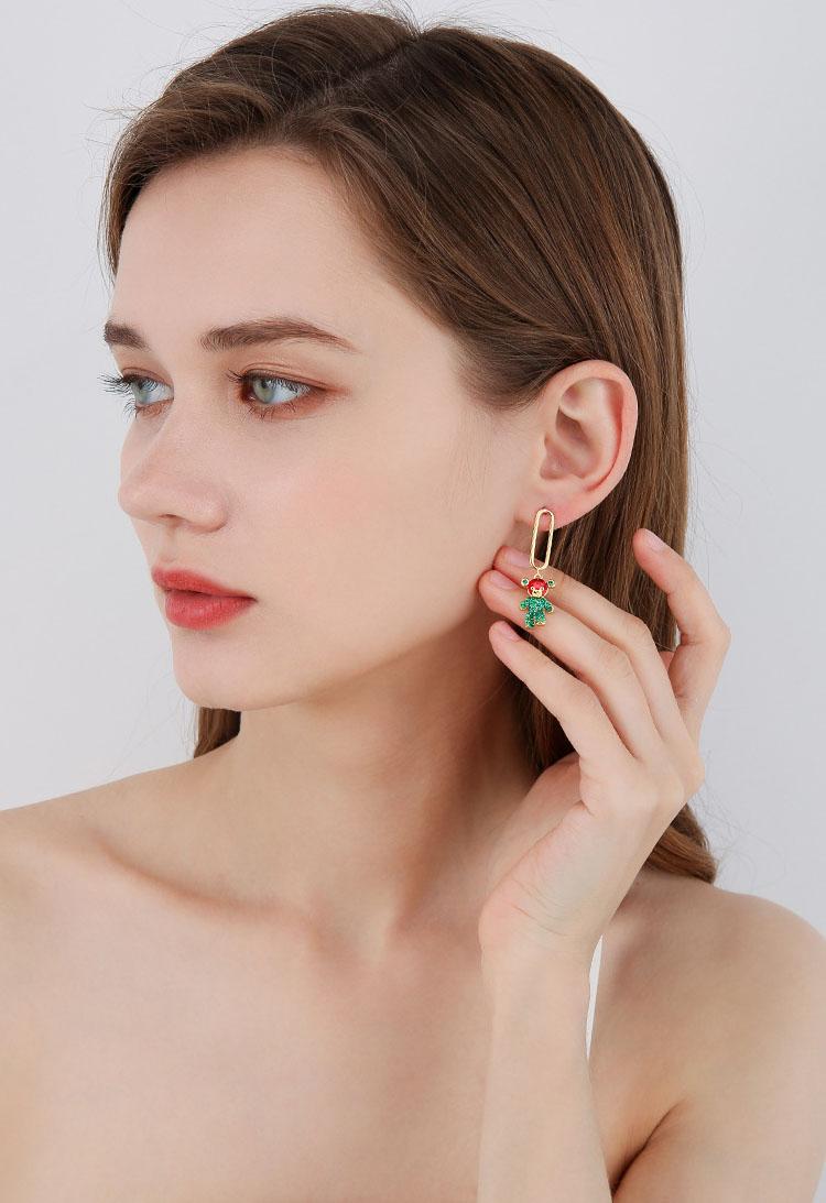 迷人白綠水鑽小熊耳環