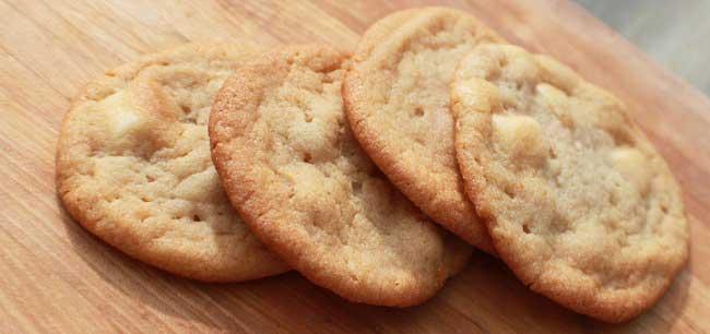 pecan sandie cookies cooling
