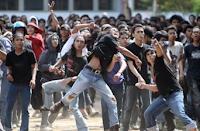 Dampak Akibat Konflik Sosial Positif & Negatif