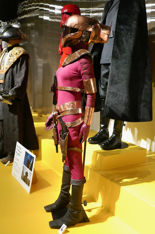 Zorii Bliss costume Star Wars: The Rise of Skywalker