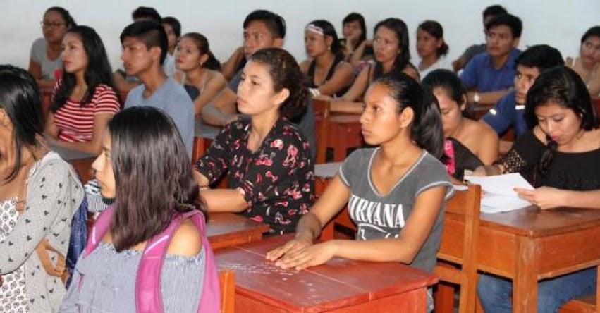 PRONABEC: Nuevos becarios de Loreto participan en charla de inducción - www.pronabec.gob.pe
