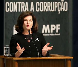 Em último dia de mandato, Raquel Dodge pede inconstitucionalidade da Escola sem Partido