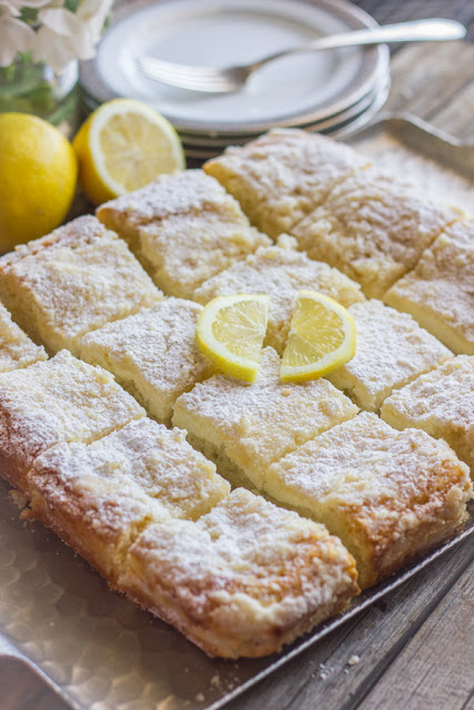 Recipes: greek yogurt cream cheese lemon coffee cake {10 Lovely Lemon Desserts by Cool Chic Style Fashion}