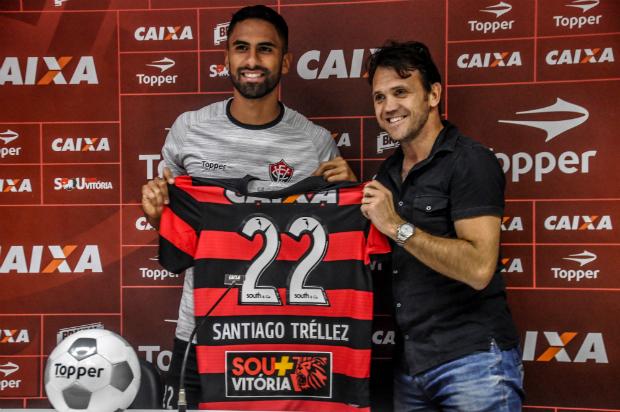 Santiago Trellez nega ter pedido pra sair e diz que está negociado sua renovação com o Vitória 1