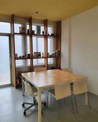 desain interior kantor yang menarik