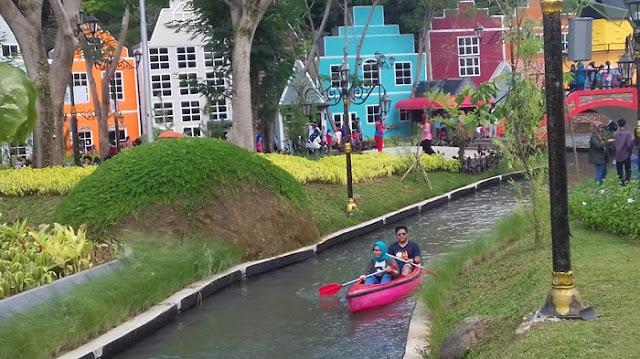 Lokasi, Rute, Tiket Masuk dan Daya Tarik DeVoyage Bogor Jawa Bawat