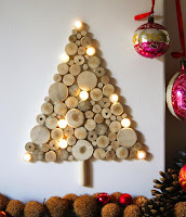 albero di natale con rondelle legno