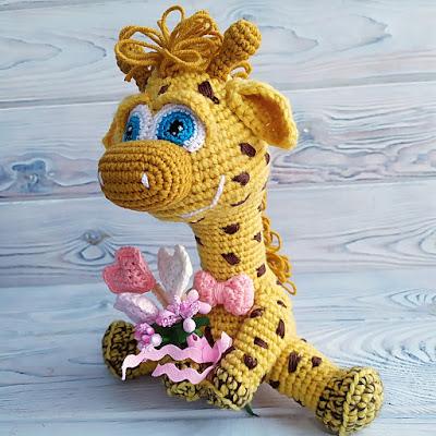 Crochet Giraffe. Amigurumi