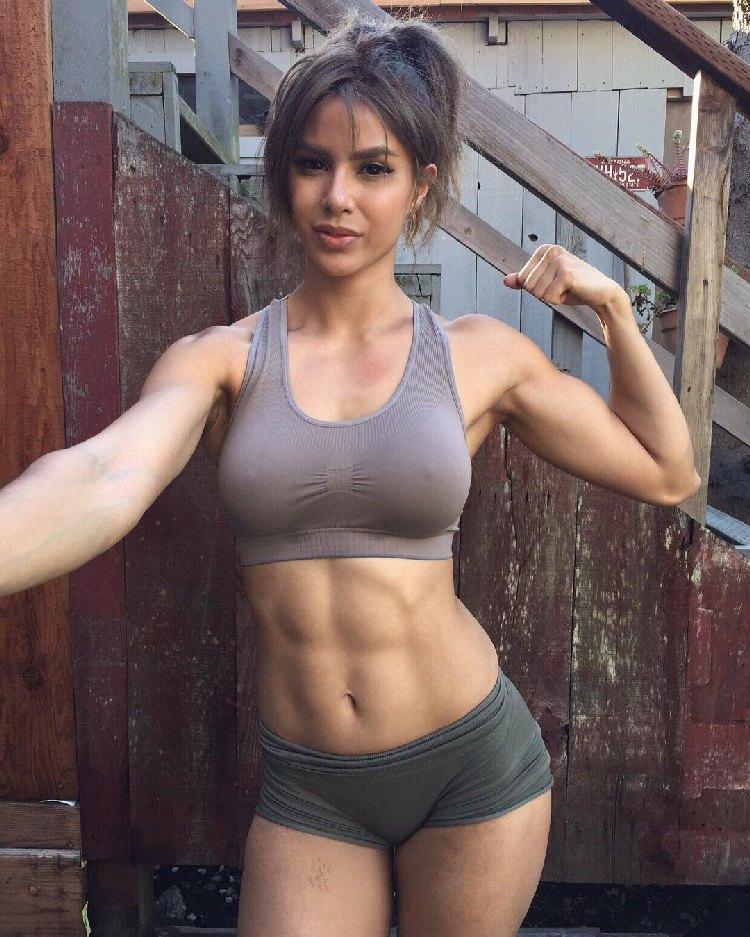 Kayli Phillips, athlete, crossfit, like training