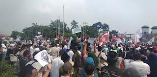 Tak Hanya Tolak RUU HIP, Massa juga Desak DPR Memberhentikan Presiden Jokowi