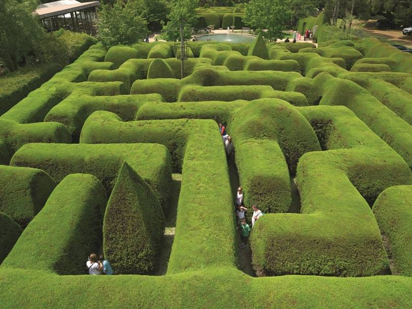 The 9 most unusual hedge mazes in the world