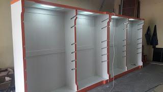 Furniture Interior Toko Pakaian
