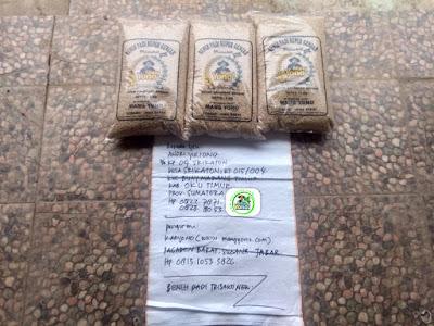 Benih padi TRISAKTI NEW   Pesanan ANDRI YULIANTO OKU Timur, Sumsel.  (Sebelum packing)