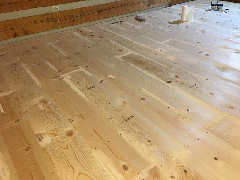 DIY Wide Plank Pine Floors Finishing | Filling Gaps and Knots With Wood Filler